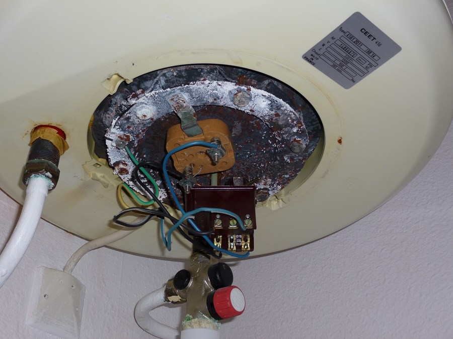 Urgence plombier strasbourg fuite d 39 eau panne chauffe for Fuite d eau chauffe eau