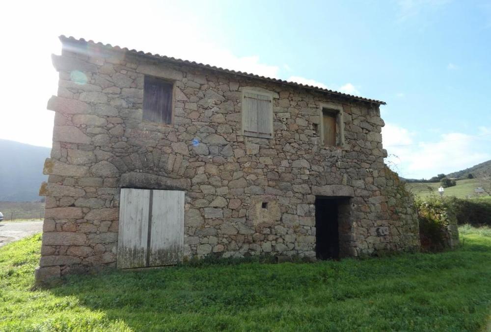 Maison de campagne, rurale, Corse