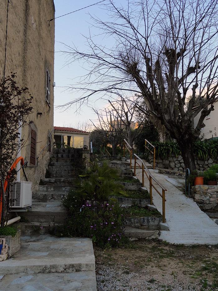 composition urbaine, ruelle, escalier, afa, corse