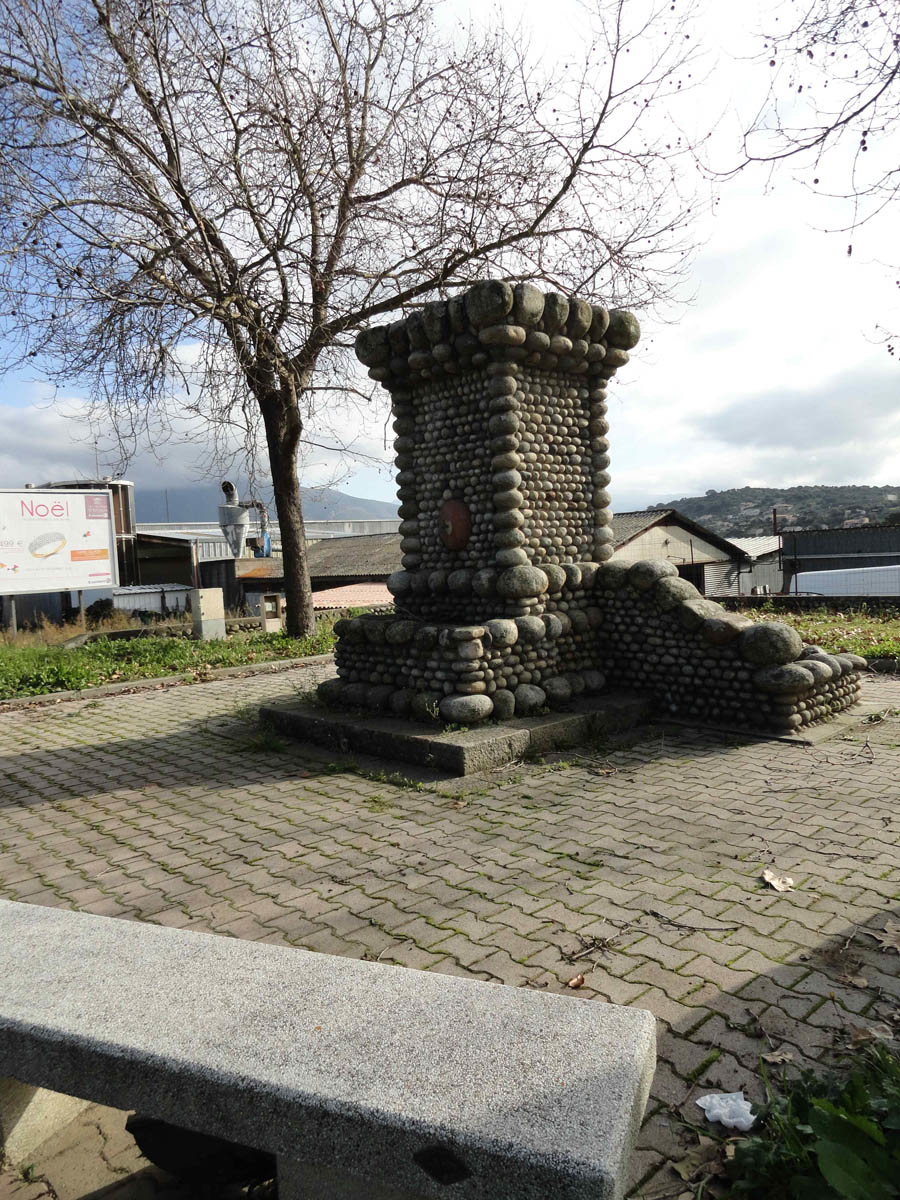 fontaine mezzavia CORSE