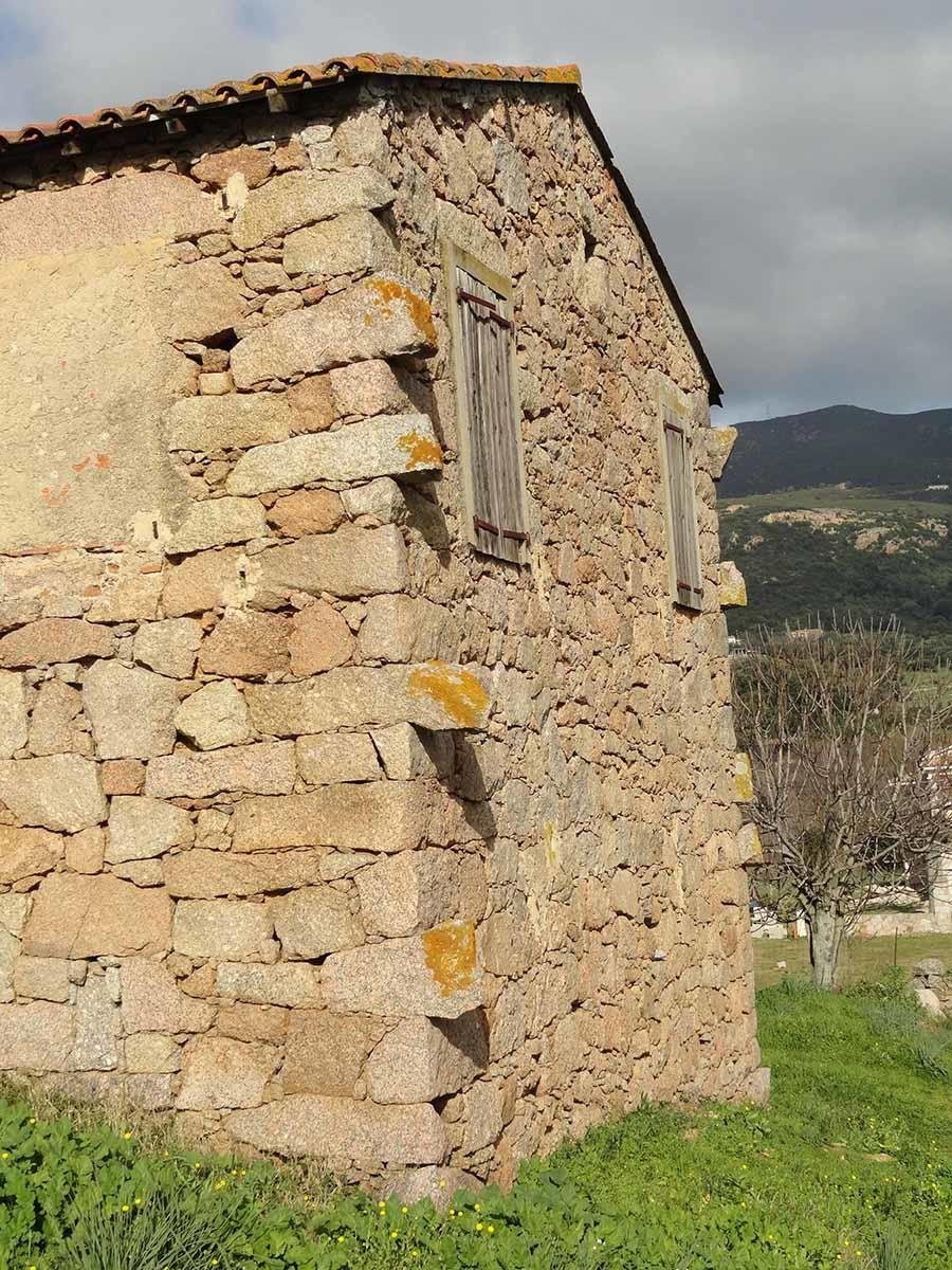 maison corse pierre, architecture, pierres témoins