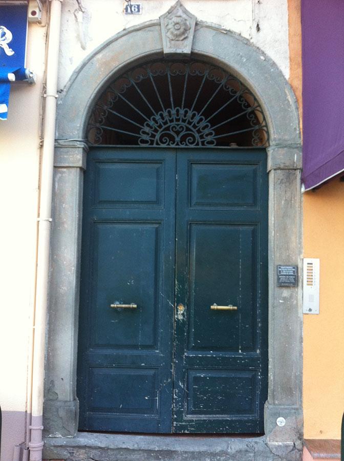 porte, Ajaccio