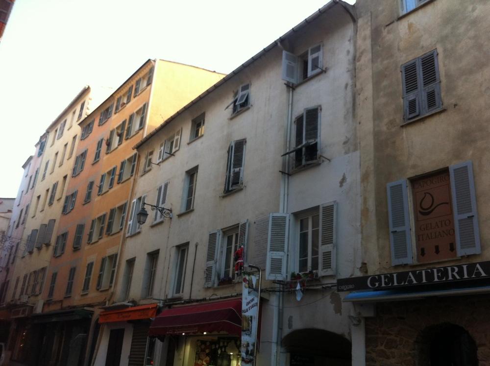 photo immeuble rue fesch, ajaccio, corse