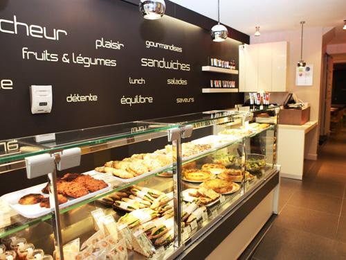 Restructuration d'une sandwicherie - Lionel Coutier Architecte (La Rochelle 17) 2009