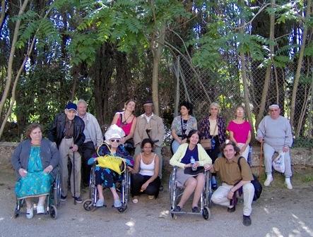 Jérôme Lucas Directeur Général et les personnes participant au séjour à Bormes les Mimosas