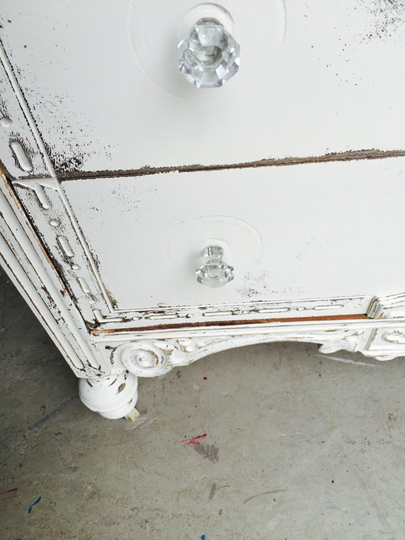 commode-blanche-shabby-detail-2