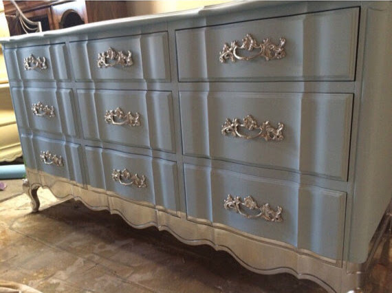 luka deco design relooking meubles meubles peints et patine design. Black Bedroom Furniture Sets. Home Design Ideas