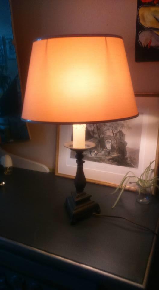 LAMPE-PIED-BRONZE