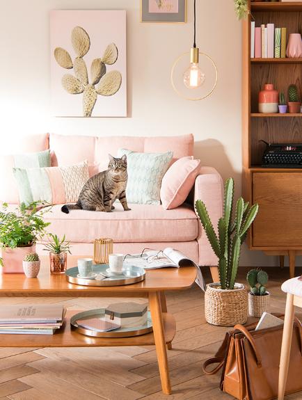 maison du monde creil excellent l enseigne maisons du. Black Bedroom Furniture Sets. Home Design Ideas
