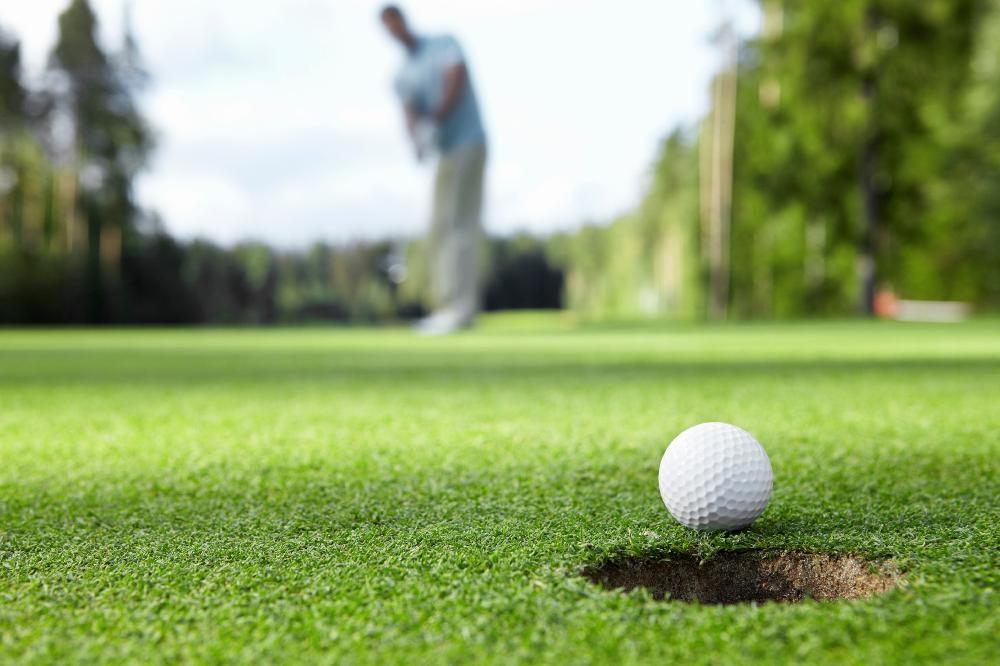 golfer_istock_000018300255large-2