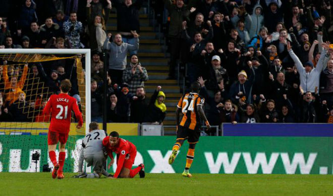 1497705010-hull-citys-oumar-niasse-celebrates-scoring-their-second-goal