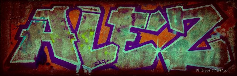 Alez_Lomo_(Light_Vignette)