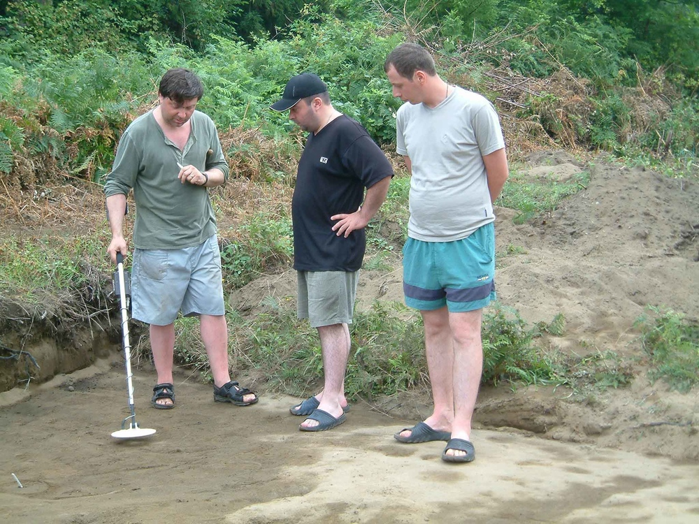 Metal-detecting-demonstration