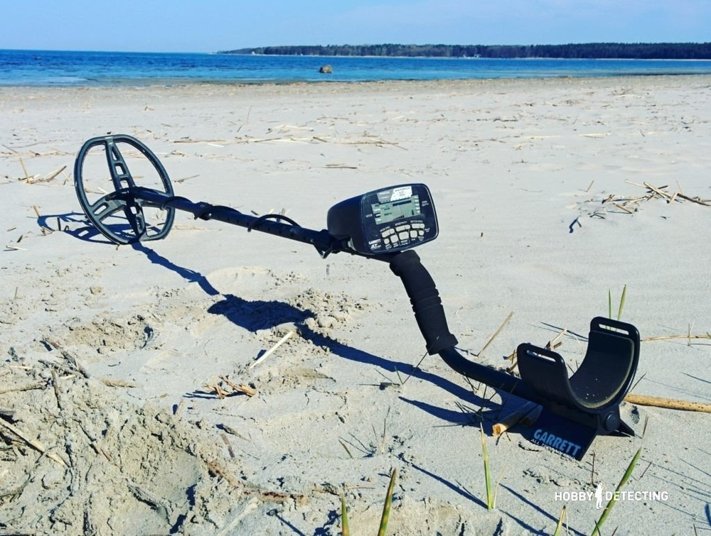 hobby-detecting.comwp-contentuploads201701Garrett-AT-PRO-metal-detector-review-1024x773-8d3bfd6f1b992033a61081e52abb845159af1a2b