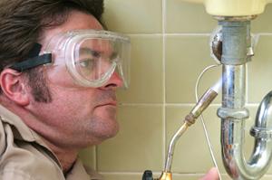 iStock_plumbing-undersink3-000000638546XSmall-sm