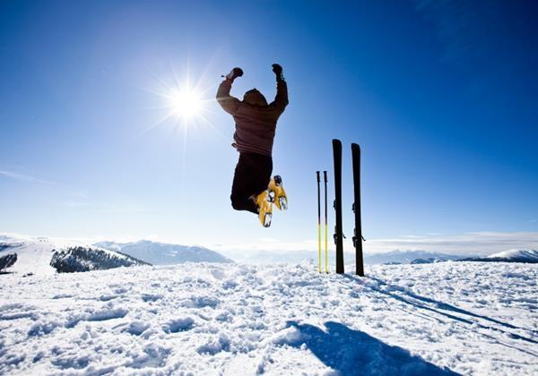 iStock_happy-skier