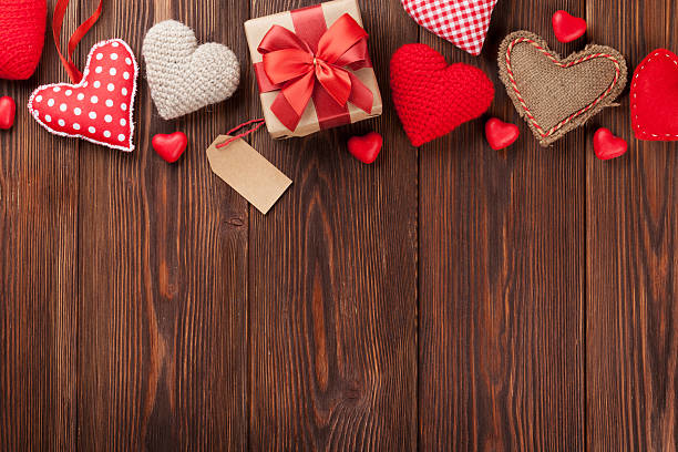 send_valentine's_day_gifts_in_Hyderabad