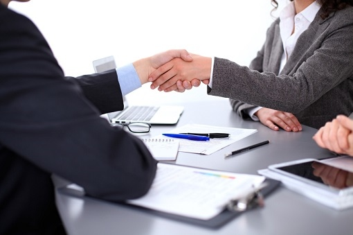 iStock_handshake-female-woman-business-appointed-deal_000086284617_Small