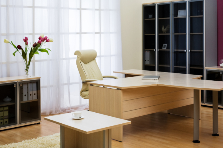 istock_000014380101_small-office-furniture-cleaning