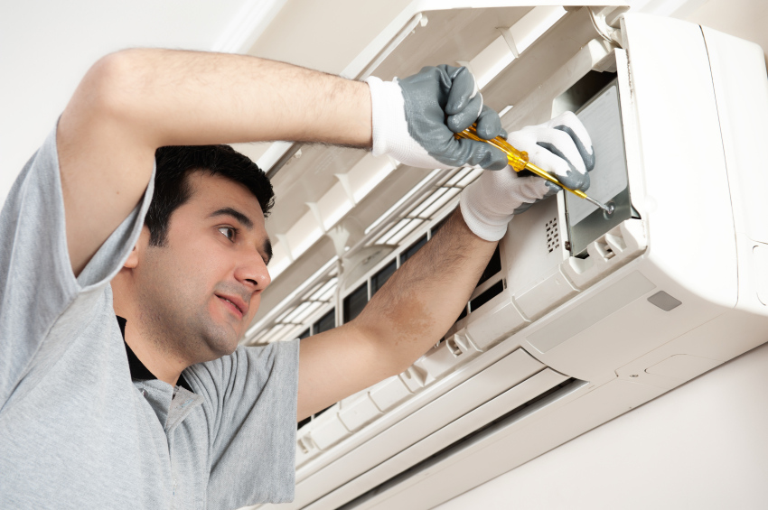 HVAC-Service-and-MAintenance-iStock_000016417811Small