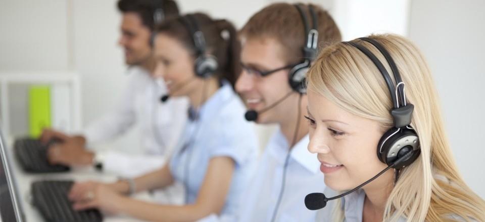 iStock_000020919362Medium-call-center1-e1363897153400