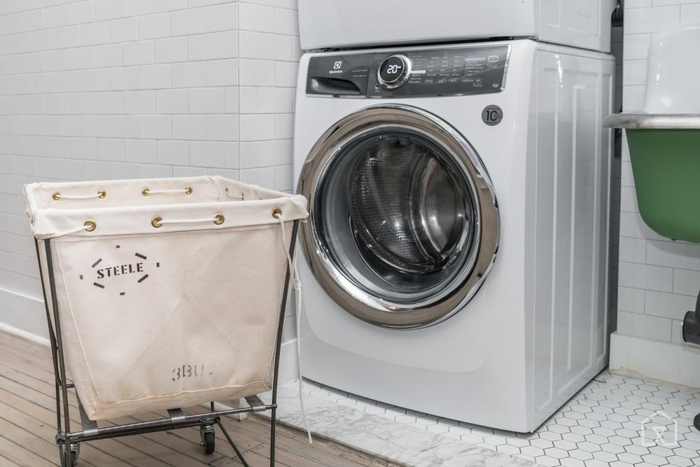 03-washer-dryer-2000