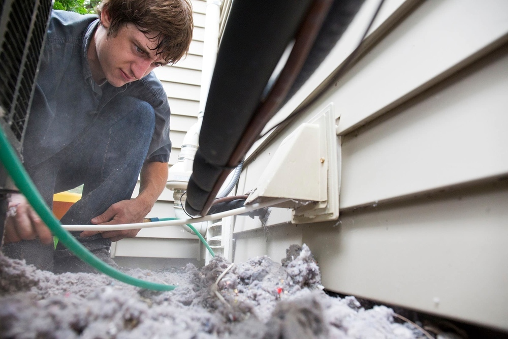 Dryer-Vent-Cleaning-05_32363